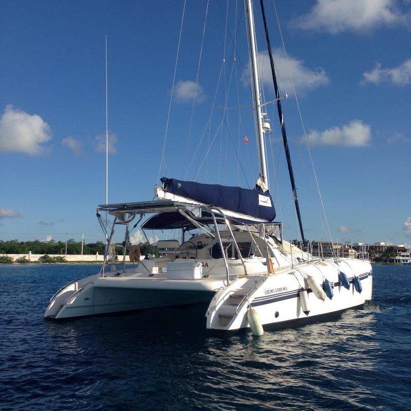 Cozumel Catamaran for rent