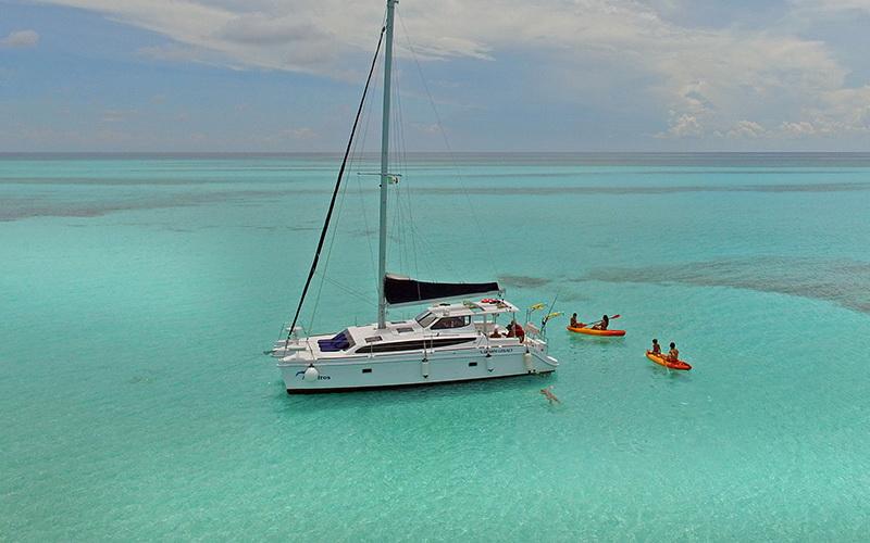 Cozumel Catamaran 36 for rent