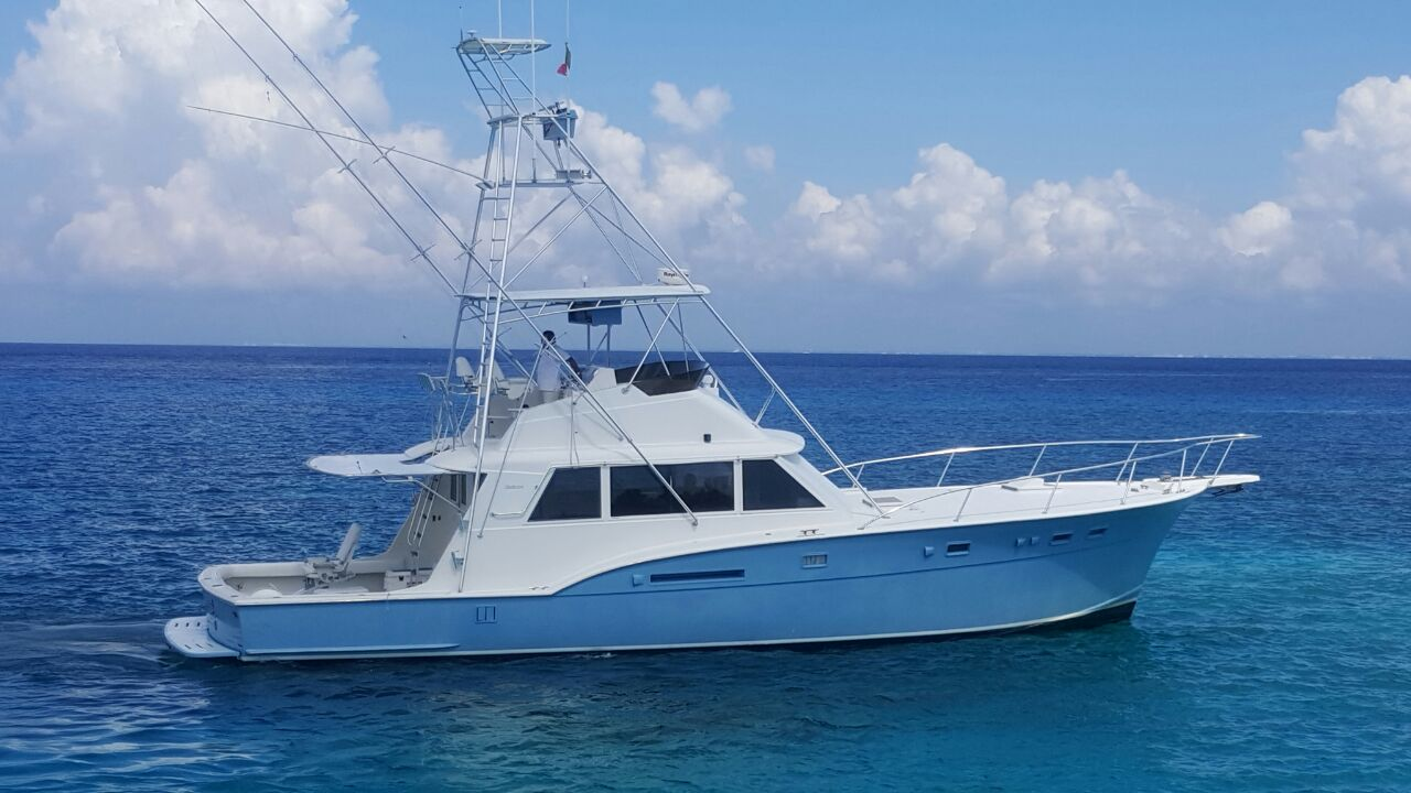 Cozumel Hatteras Yacht for fishing