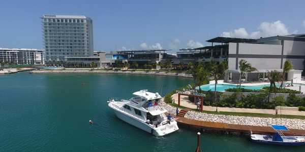 Puerto Cancun Marina and Yachts rental Boats